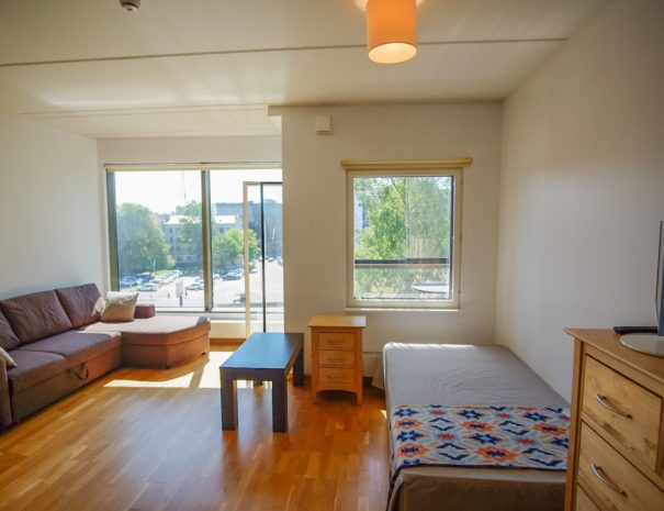 2. Dream Stay - City View Studio with Balcony