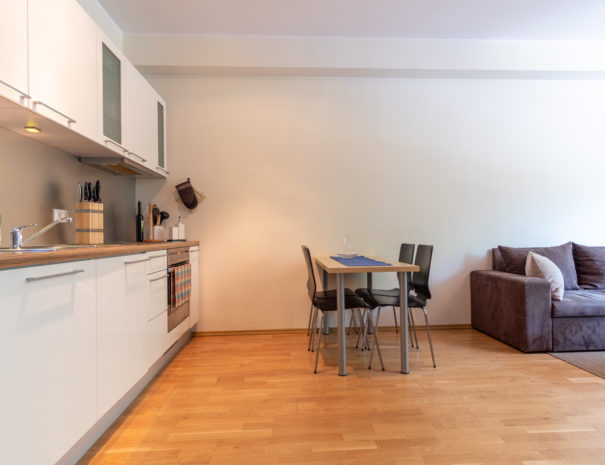 Dream Stay - Cozy Open Bedroom Apartment near Noblessner21