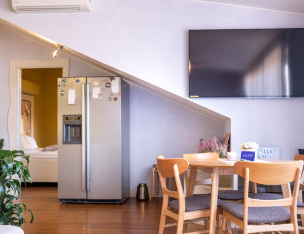 Dream Stay - Penthouse Apartment with Balcony near Old Town3